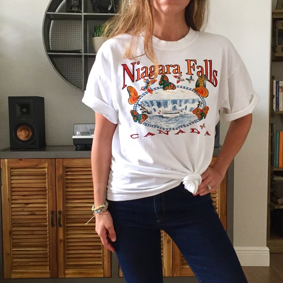 a6d0686360de Gildan Tops - Niagara Falls Souvenir T-Shirt